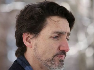 Trudeau promises 1 million jobs as virus, election risk loom