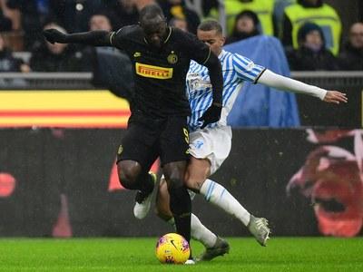 Lukaku, Hakimi spark as five-goal Inter see off Benevento