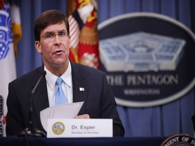 Pentagon chief signs 10-year deal with Tunisia