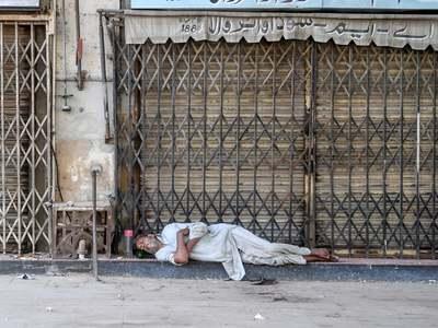 Sindh starts implementing smart lockdown in Karachi as virus rears its head again