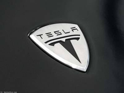 Tesla reports big jump in car deliveries in 3Q