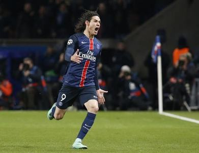 Man United set to sign Uruguay striker Cavani