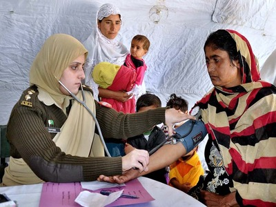 Army provides free medical treatment to villagers in dist Khatmang