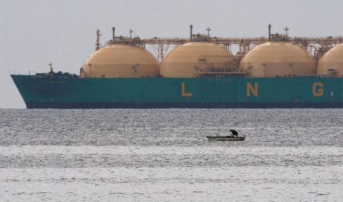 Pakistan invites bids for record six LNG spot cargoes for December as gas crisis looms