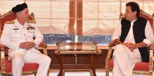 Navy chief pays farewell visit to PM Imran Khan
