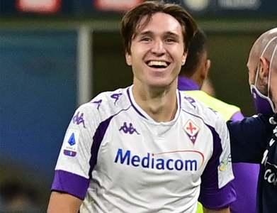 Juve sign Fiorentina winger Chiesa in 50 million euro deal
