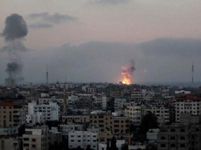 Israel in Gaza air strike after rocket fire: army