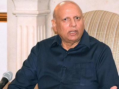 Chaudhary Sarwar denies involvement in treason case registration against Nawaz Sharif