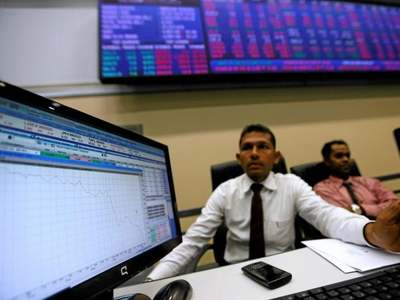Sri Lankan shares end lower as consumer, financial stocks weigh