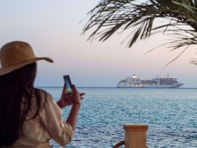 Saudi cruise spotlights pristine sites, economic ambitions