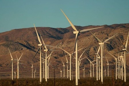 Investors urge heavy carbon emitters to set science-based reduction targets