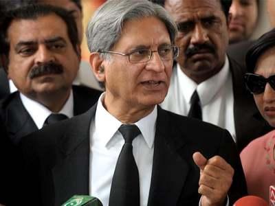 PPP has nothing to do with Nawaz's anti-establishment rhetoric: Aitzaz Ahsan