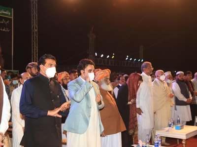 No room for children in elders' fight: PDM targets Imran Khan in Karachi rally