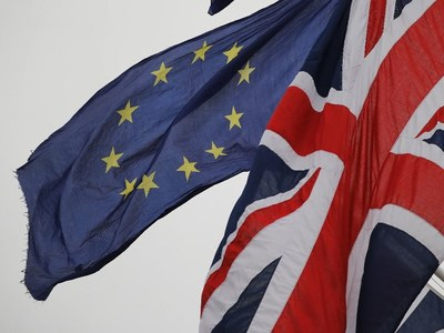 UK insists EU must go further to break Brexit deadlock