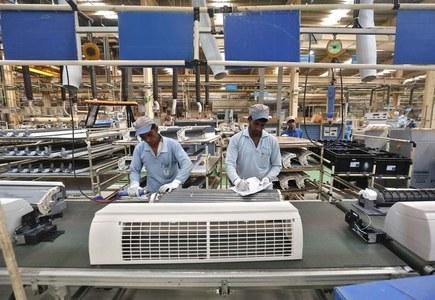 A tough road ahead for global industries in 2021: EIU