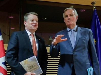 UK-EU Brexit talks back on as clock ticks to trade deadline