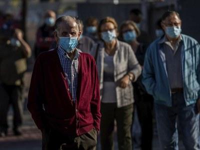 New virus rules in Madrid as Spain mulls national emergency