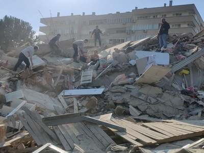 Magnitude 7.0 earthquake rattles Turkey, Greece; buildings collapse