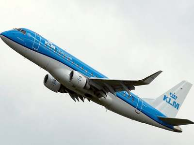 KLM pilots will not agree to wage freeze demanded by Dutch government