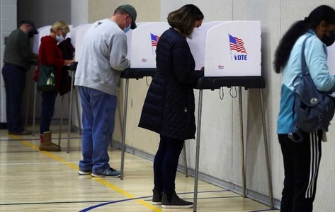 Economy top concern for U.S. voters: exit poll