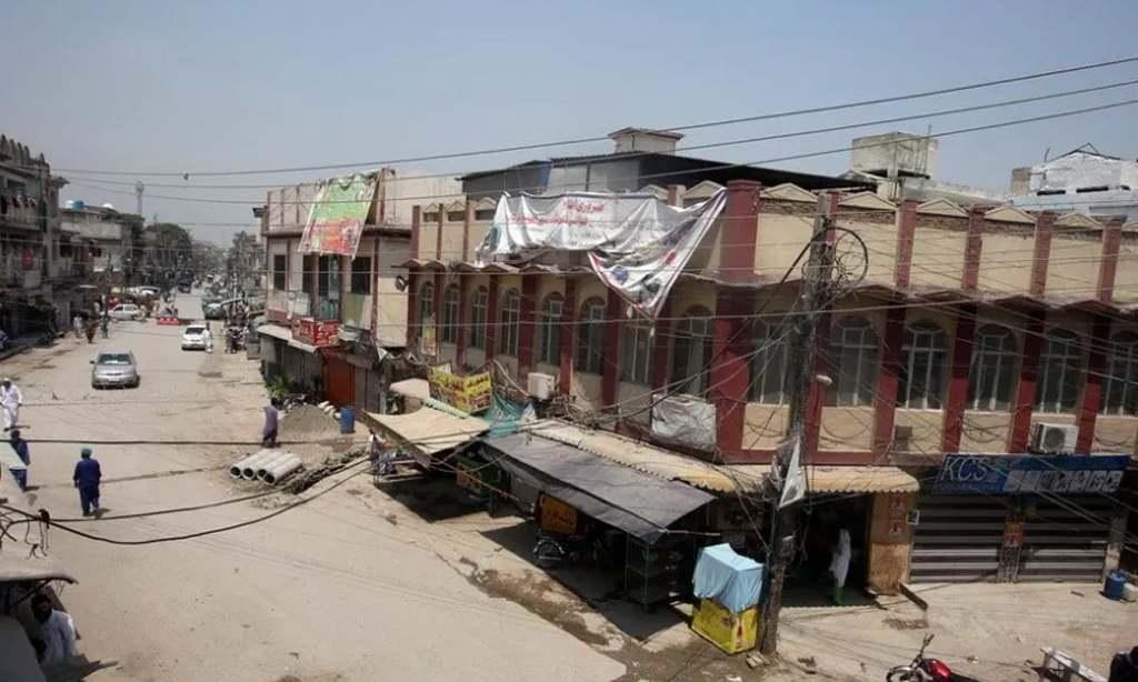 KPK govt decides to impose smart lockdown in Peshawar from Saturday