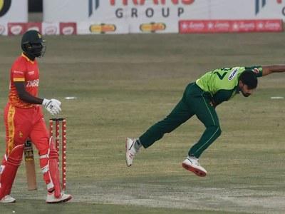 Usman, Rauf keep sloppy Zimbabwe down to 134-7 in second T20