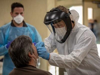 Israel opens rapid virus testing at airport
