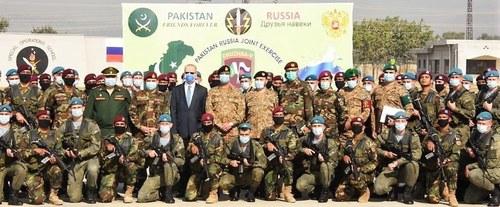 Pak-Russian forces practice counter-terrorism drills, procedures