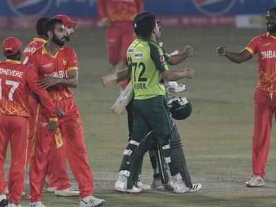 Qadir inspires Pakistan to whitewash Zimbabwe 3-0