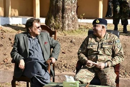 Bajwa, AJ&K PM meeting: COAS assures Pak Army's support to Kashmir cause