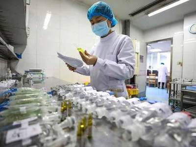 China finds coronavirus on packaging of Saudi shrimp