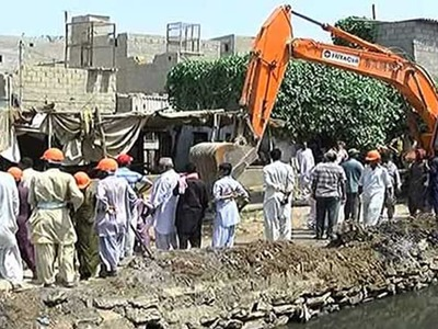 Anti-encroachment drive at Karachi's Mehmoodabad postponed after protest