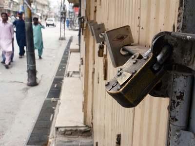 38 shops sealed over corona SOPs violation