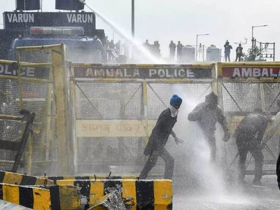 Indian farmers clash with police over farm reforms