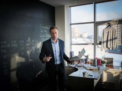 Navalny urges EU to target Putin's oligarch backers