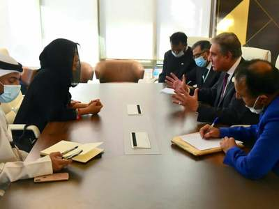 Visa issue: FM Qureshi meets UAE minister on OIC sidelines