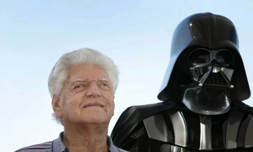 Darth Vader actor Dave Prowse dies