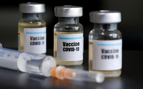 U.S. ready for 'immediate mass shipment' of COVID-19 vaccines: agency