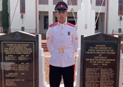 Pakistani Army Cadet wins 'overall best foreign national Military Cadet' award at Royal Military College