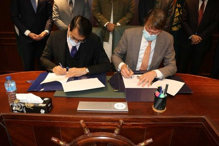 Netherlands AWECT to build $1bn waste to energy, desalination plant in Karachi