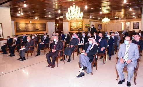 Qureshi expresses gratitude to OIC envoys for support on Kashmir dispute