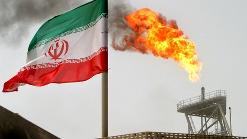 Iran prepares to raise oil exports if sanctions eased: state media