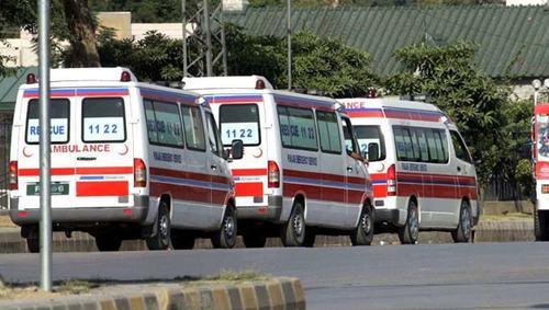 Woman killed, 3 injured in IIOJK road mishaps