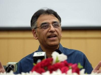 Asad Umar warns of locking down more sectors if SOPs not followed