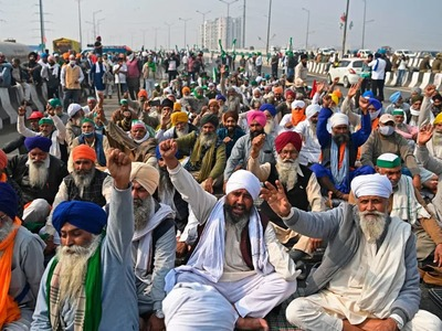 India farmers intensify protests as deadlock over new laws continue