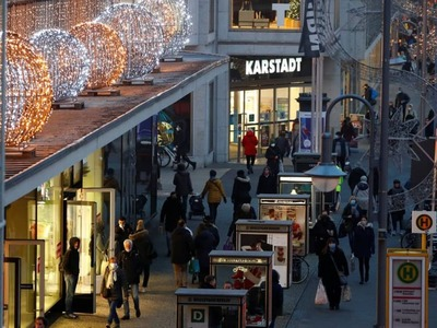 Germany to close most shops from Dec 16-Jan 10 - draft government proposal