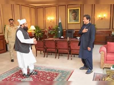 PM prays for Maulana Tariq Jamil's speedy recovery from COVID-19