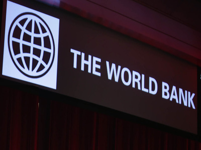 World Bank expects Russian economic growth in 2021 but warns over banks