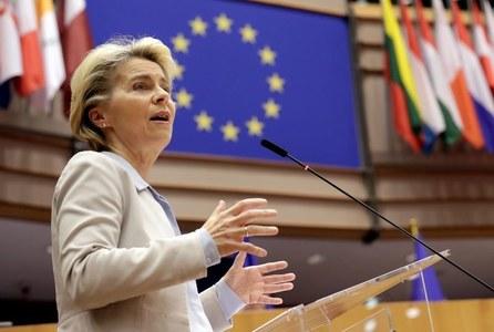 EU chief says UK trade pact closer but success not certain