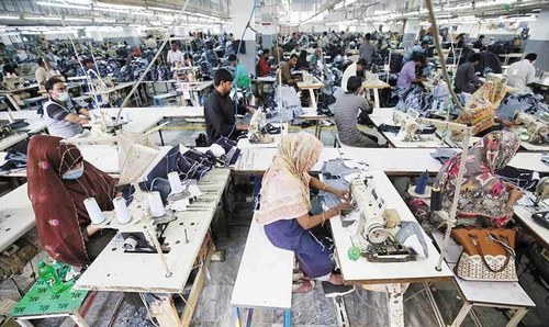 Targets for promotion of SMEs should be achieved to improve economic indicators: PM